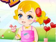 Игра Девочка играет с игрушками